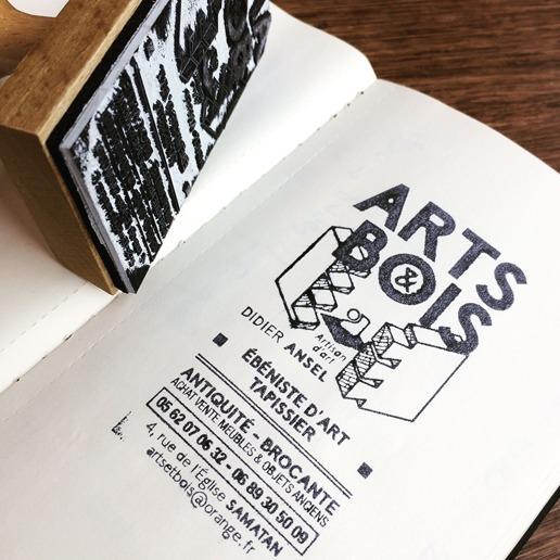 logo tampon bois